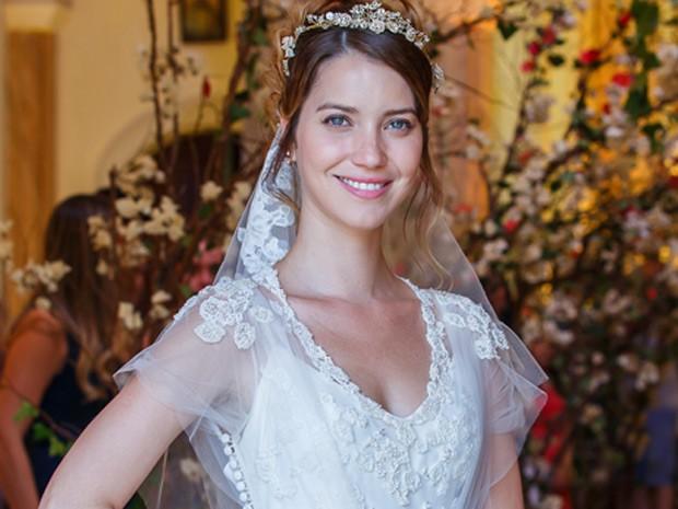 Nathalia Dill aparecerá em cena com vestido de noiva (Foto: Artur Meninea / Gshow)