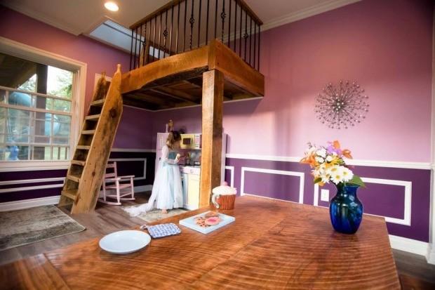 O interior cor de rosa e roxo (Foto: Reprodução - Facebook)