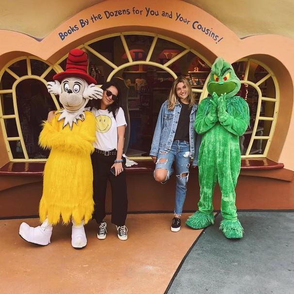 Sasha Meneghel passeia ao lado da amiga Bruna em Orlando, na Flórida (Foto: Instagram/Reprodução)