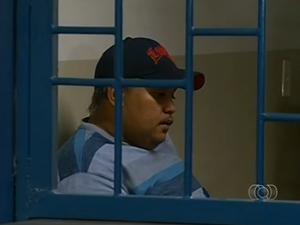 Márcio Xavier de Lima é suspeito de participar do golpe milionário contra a Caixa Econômica Federal (Foto: Reprodução/TV Anhanguera)