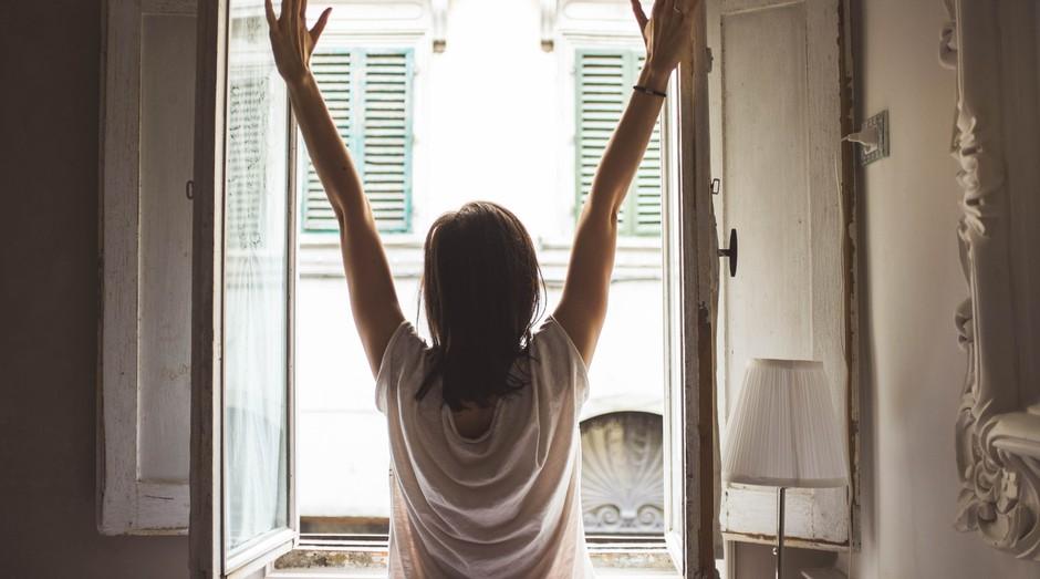 preguiça, trabalho, acordar, janela (Foto: Pexels)