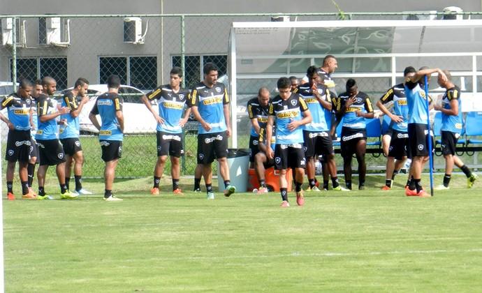 Treino Botafogo  (Foto: Raphael Bozeo)