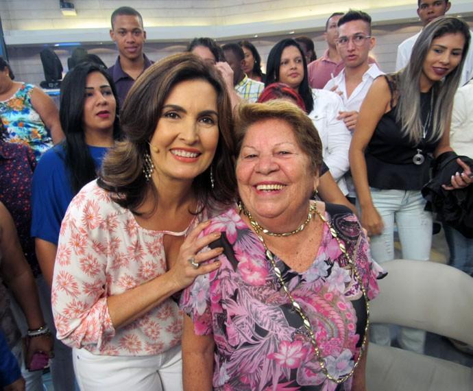 Fátima e convidada aniversariante do dia  (Foto: Viviane Figueiredo Neto/Gshow)