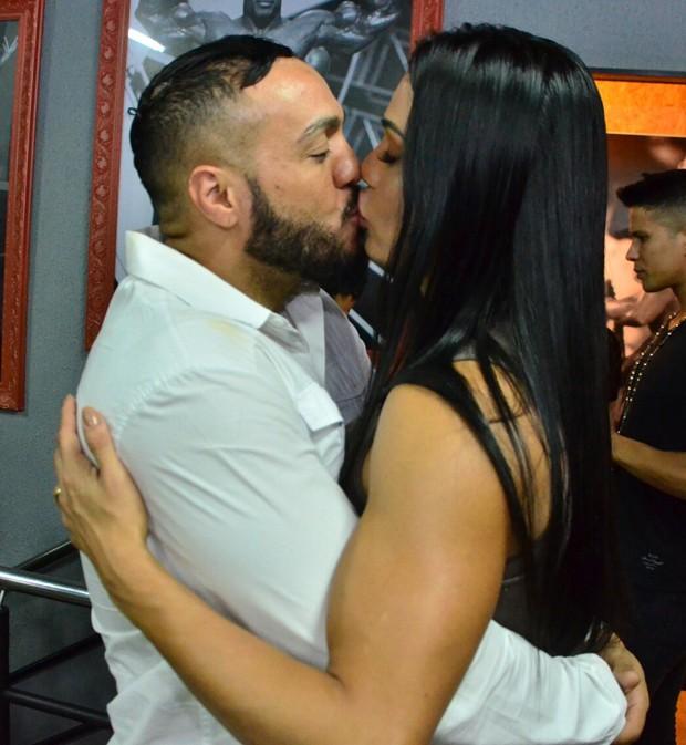 Belo e Gracyanne Barbosa (Foto: Webert Belicio/AgNews)