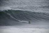 Burle e Scooby voltam a surfar em Nazar� e mandam recado para Maya