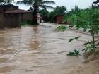 Chuva forte inunda ruas do Grande Recife, litoral e Zona da Mata de PE