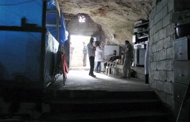 Caverna na Síria onde foi montado hospital pela organização Médicos Sem Fronteiras (Foto: Divulgação/MSF)