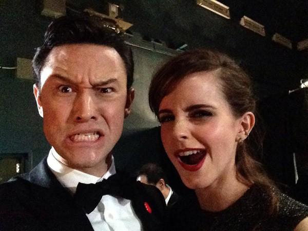 Joseph Gordon-Levitt e Emma Watson no Oscar, provando em uma imagem que são simplesmente adoráveis (Foto: Facebook)