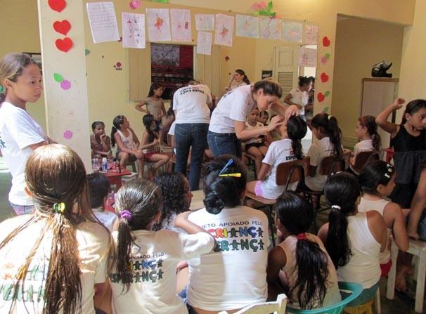 Dia da Esperança conta com oficina de maquiagem infantil no PPSJ (Foto: Katylenin França/TV Clube)