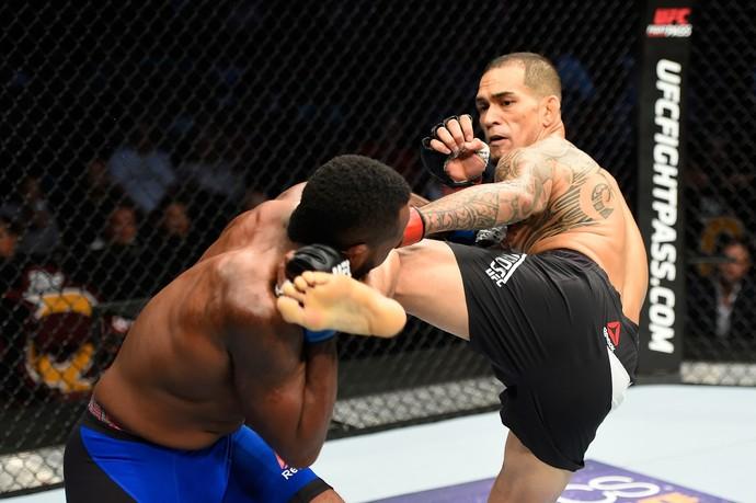 Yancy Medeiros, Sean Spencer, UFC 203, MMA (Foto: Getty Images)