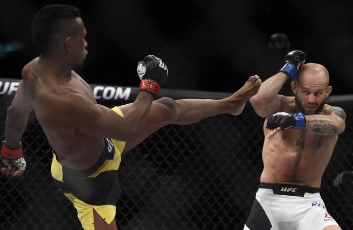 Iuri Marajó x Brian Kelleher UFC Rio 8 (Foto: André Durão)