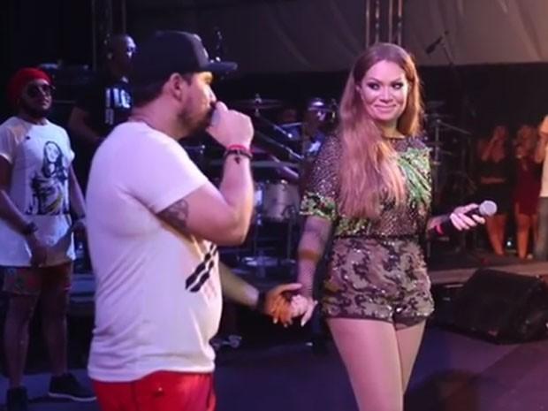Solange Almeida e Xand em show do Aviões do Forró em Luís Correia, no Piauí (Foto: Instagram/ Reprodução)