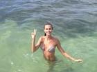 Renata Kuerten aproveita férias em Alagoas: 'Último mergulho'