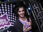 'Estou solteiríssimo', afirma Fiuk em baile funk no Rio