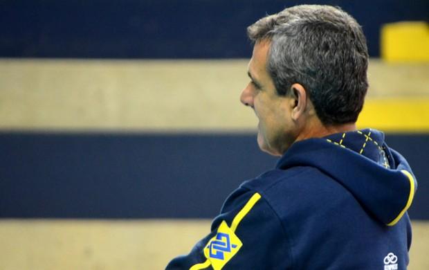 José Roberto Guimarães treino seleção brasileira vôlei (Foto: Murilo Borges)