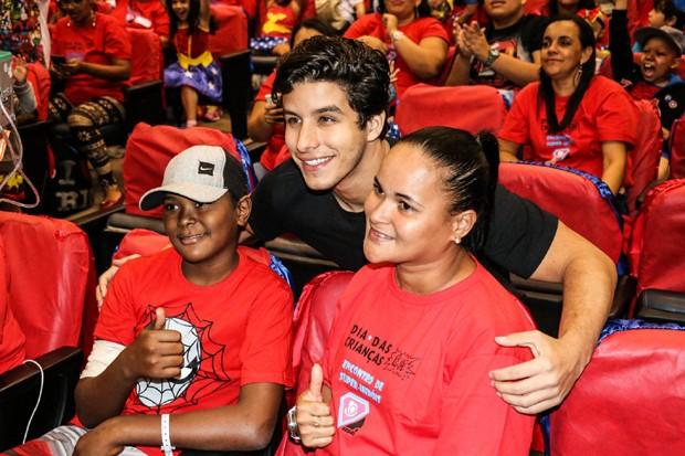 Ricky Tavares na festa das crianças do INCA (Foto: Rogério Fidalgo /AgNews)
