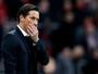 Bayer Leverkusen demite técnico após levar goleada do Borussia Dortmund
