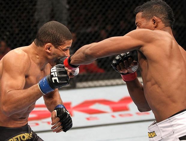 Yuri Alcantara e Hacran Dias, UFC 147 (Foto: Agência Getty Images)
