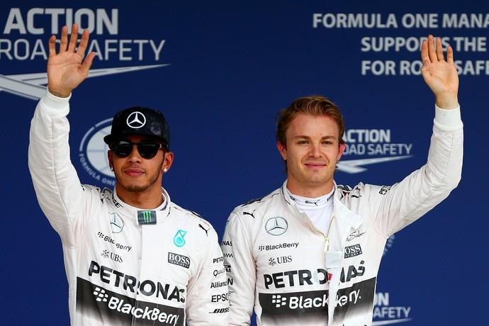 Lewis Hamilton e Nico Rosberg: dobradinha da Mercedes no grid de largada do Japão (Foto: Getty Images)