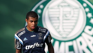 Lucas Taylor Palmeiras (Foto: Cesar Greco / Ag. Palmeiras / Divulgação)