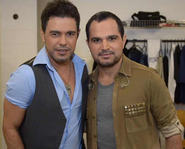 Zezé Di Camargo e Luciano nos bastidores do Domingão do Faustão (Foto: Raphael Dias/ TV Globo)