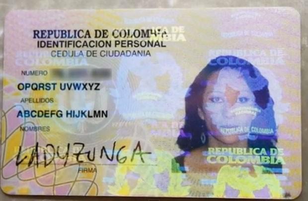 Colombiana conseguiu alterar seu nome para outro formado por todas as letras do alfabeto (Foto: Reprodução/YouTube/Wownews magazine)