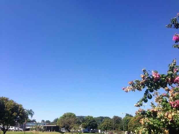 Massa de ar seco e quente justifica altas temperaturas, diz meteorologista (Foto: Priscilla dos Santos/ G1 MS)