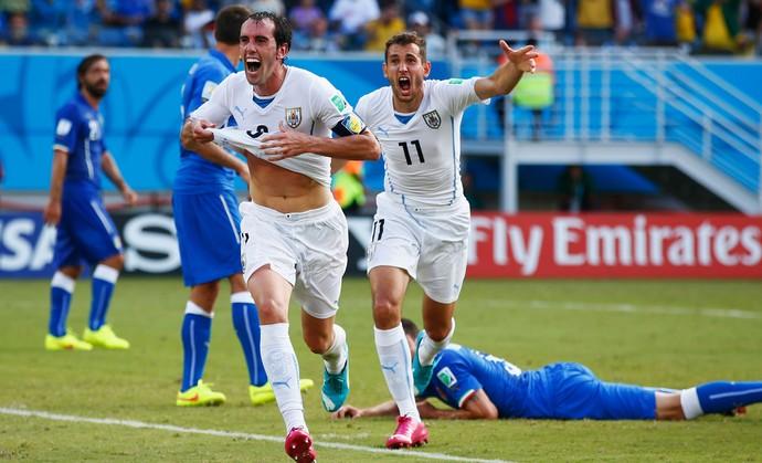 Godin italia x uruguai (Foto: Getty Images)