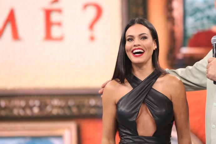 Letícia Lima revela para Fasutão como começou a carreira  (Foto: Carol Caminha / Gshow)