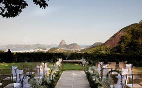Casamento fora da igreja: veja dicas para decorar a cerimônia