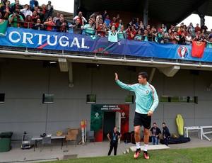 Cristiano Ronaldo treino Portugal Eurocopa (Foto: Reprodução/Facebook)