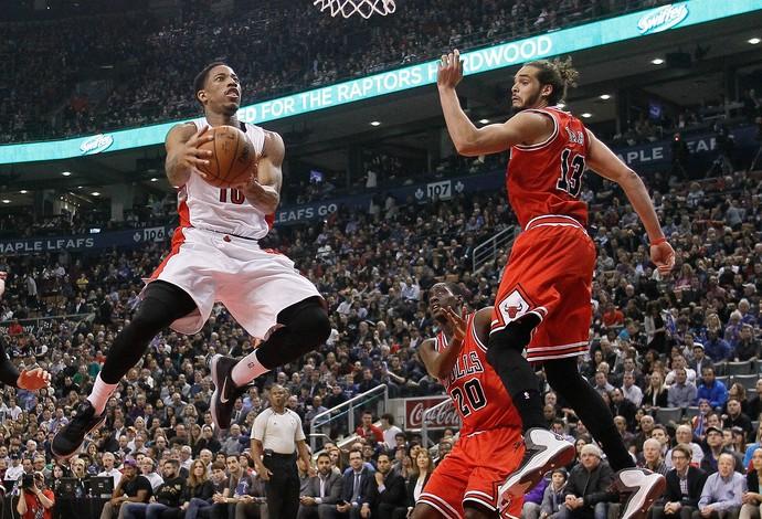 DeMar DeRozan, Raptors x Chicago Bulls (Foto: Reuters)