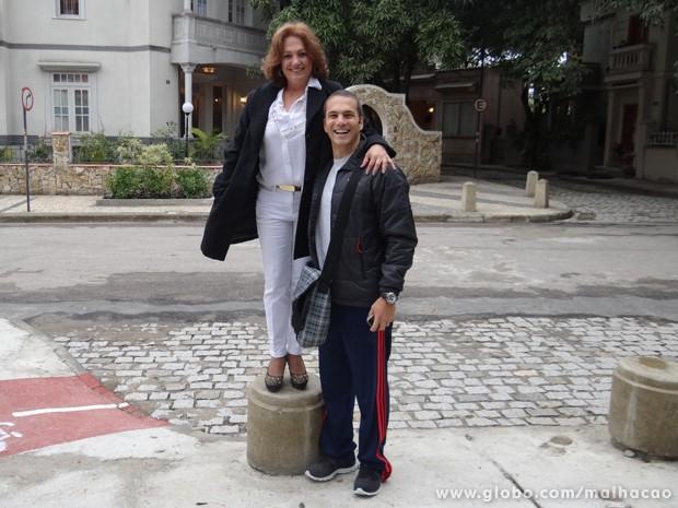Dona Cleideomar Silva adorou conhecer o trabalho do filho (Foto: Malhação/TV Globo)