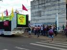 Grupo faz manifestação contra reformas trabalhistas em Palmas