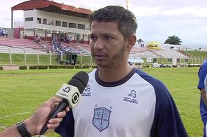 Souzinha, treinador do Cacerense (Foto: Reprodução/TVCA)