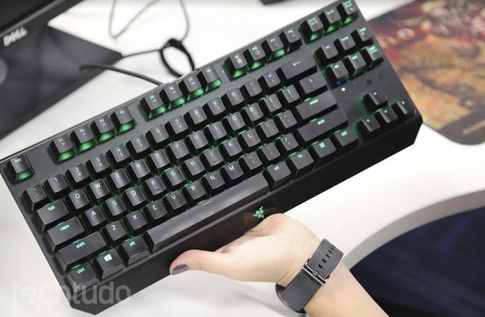 Razer Blackwidow X Tournament Edition Chroma (Foto: Anna Kellen / TechTudo)