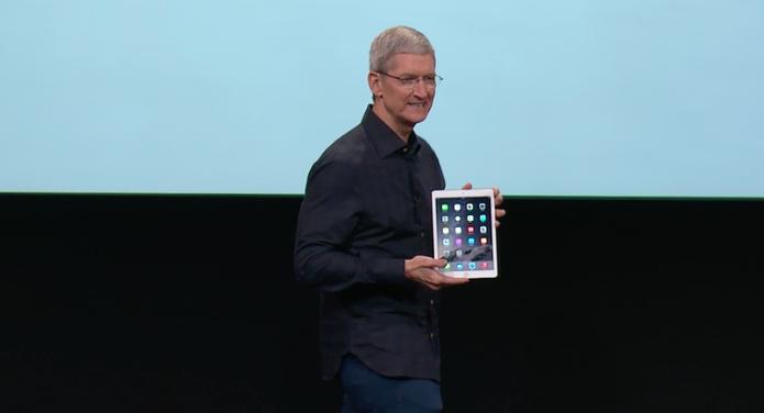 iPad Air 2, apresentado por Tim Cook, deve demorar cerca de 45 dias para chegar ao Brasil (Foto: Reprodução)