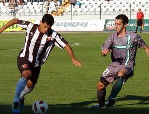 Dakson na partida do Lokomotiv Plovdiv (Foto: Divulgação / Site Oficial do Lokomotiv Plovdiv)