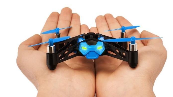 Confira as condições físicas do drone antes de sair (Foto: Divulgação/Parrot)