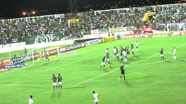 Icasa e Palmeiras (Foto: Marcelo Hazan)
