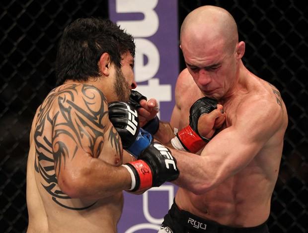 Henry Martinez x Bernardo Trekko Magalhães UFC (Foto: Agência Getty Images)