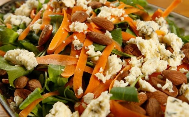 Receitas da Carolina - Ep. 13 - Salada de rcula (Foto: Tricia Vieira)