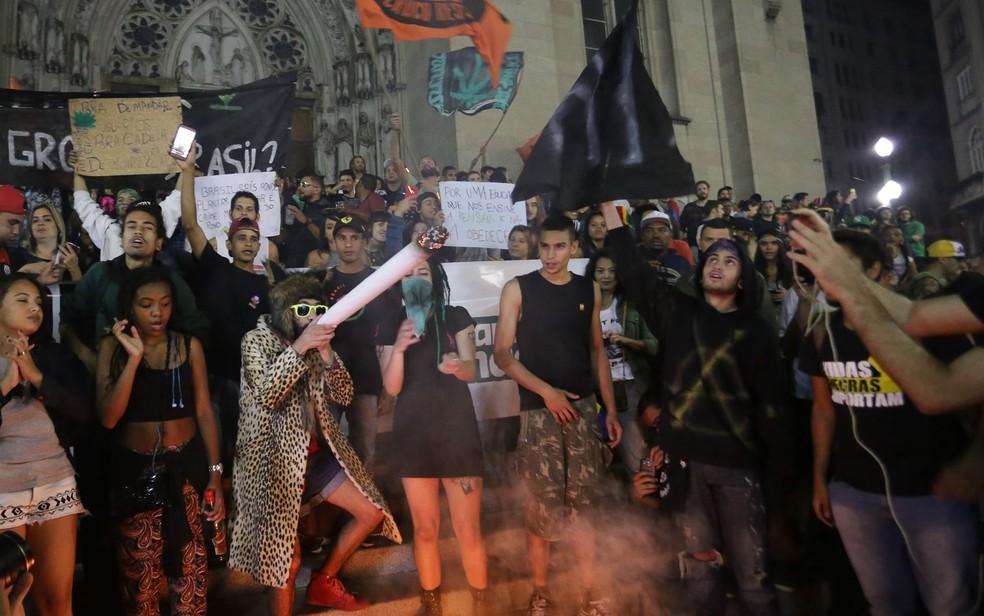 Marcha da Maconha terminou na Praça da Sé (Foto: Newton Menezes/Futura Press/Estadão Conteúdo)