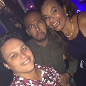 Solange Couto e o marido, Jamerson, com Nego do Borel em festa no Rio (Foto: Instagram/ Reprodução)