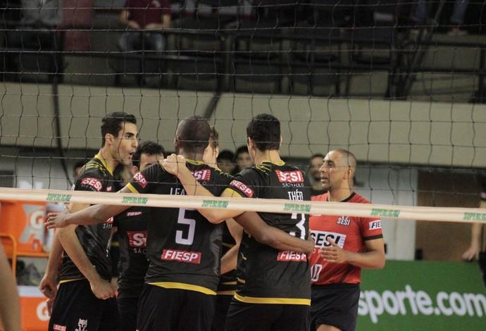 Equipe do Sesi-SP está perto da vaga na semifinal da Superliga (Foto: Divulgação/Sesi-SP)