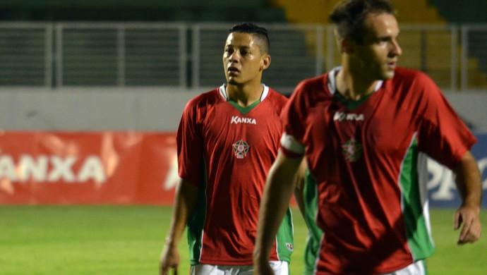 Tomas chega ao 13º gol no Boa Esporte e faz história (Foto: Tiago Campos)