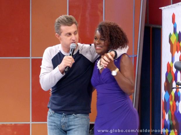 Mandando Bem deu uma melhorada no negócio de Janaína (Foto: Caldeirão do Huck/TV Globo)