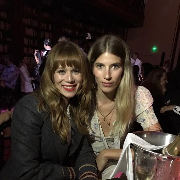 Mariana Ximenes e Veronika Heilbrunner (Foto: Vogue)