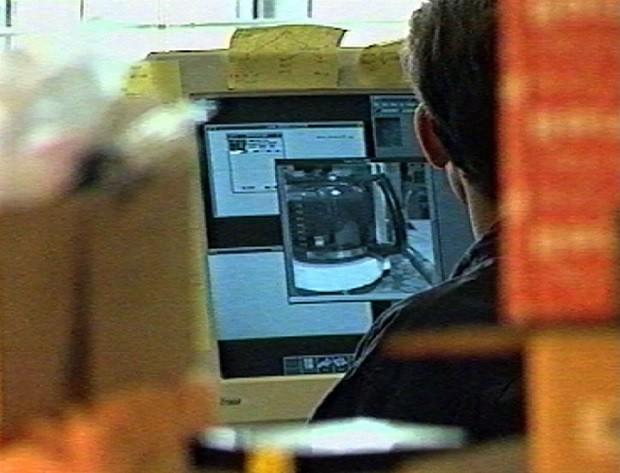 Imagens da cafeteira que eram transmitidas para funcionários -  Trojan Room Coffee Pot (Foto: Divulgação Quentin Stafford-Fraser/quentinsf.com)