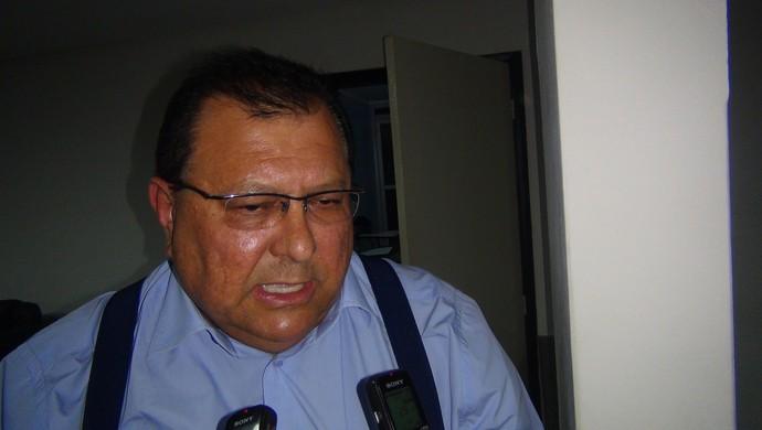 Geraldo Amorim, presidente do Murici (Foto: Denison Roma / GloboEsporte.com)